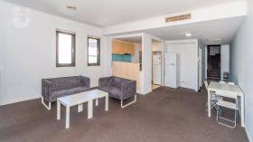 悉尼科技大学附近宽敞明亮二居室