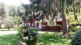 Senior independent villa near Stony Brook, New York State University