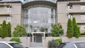 坎特伯雷大学附近现代简约公寓