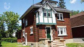 渥太华大学附近独栋别墅