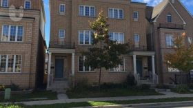 约克大学附近优质别墅出售