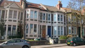西英格兰大学附近六居室联排别墅