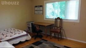 滑铁卢家具齐全的单卧室