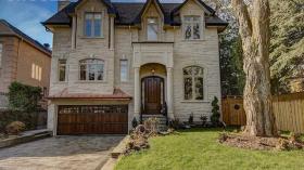 110 Bidewell Ave, Toronto, Ontario, M3H1J9