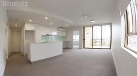 两室两卫一车位公寓近昆士兰大学Herston校区立即入住