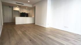 悉尼两室两卫一书房一车位公寓近UNSW Kensington校区立即入住