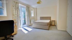 布里斯托5室1厅独栋别墅靠近西英格兰大学