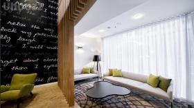 酒店式公寓-- Mantra on Kent
