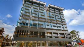 两室一卫一车位公寓近南澳大学City West 校区1月15日起入住