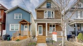 28 Garnet Ave, Toronto, Ontario, M6G1V5