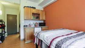 58 Cardill Apartment