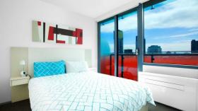 一室一卫一车位公寓近墨尔本大学Southbank校区9月5日起入住