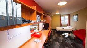 Study Inn - 165 Corporation Street