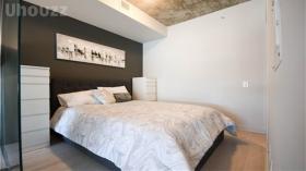 多伦多 市中心带家具一室Condo
