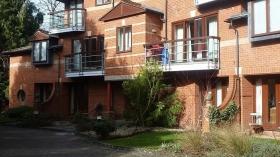 紧邻剑桥大学哈默顿学院1室公寓