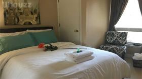 多伦多一室加Den出租,有家具