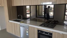 悉尼两室两卫一车位公寓近UNSW Kensington校区 7月29日起入住