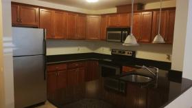 波士顿租房 人均$1200/月 全套家具拎包入住