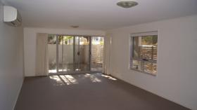 堪培拉两室两卫一车位公寓近澳大利亚国立大学10月29日起入住