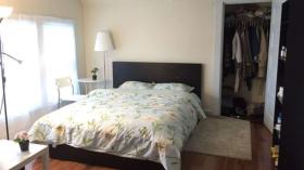 【波士顿租房】 半中介费!Malden整套宜家风House出租,三层8室,拎包入住!人均$700刀/月,9月1日入住。