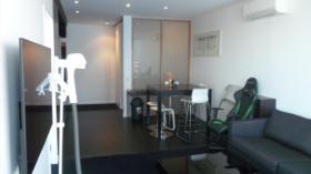 两室两卫公寓近墨尔本皇家理工大学City校区8月17日起入住