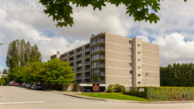 Sydney Place Apartments