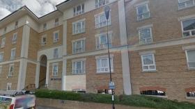 伦敦Canary Wharf豪华三室两浴别墅