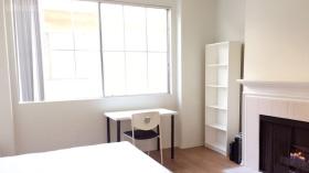 洛杉矶Beloit街三卧两浴公寓中一间带家具带车位