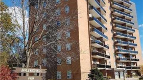 3145 Queen Frederica Dr 307, Mississauga, Ontario, L4Y3A7