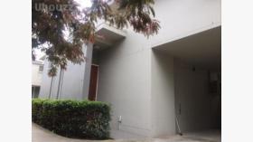 三室一卫一车位别墅近莫纳什大学Caulfield校区12月19日起入住