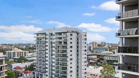 布里斯班两室公寓近昆士兰科技大学Kelvin Grove校区立即入住