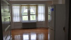 天普大学安全社区Studio可带简单家具