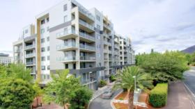 堪培拉一室一卫一车位公寓近澳大利亚国立大学立即入住