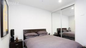 一室一卫一车位公寓近莫纳什大学Caulfield校区4月6日起入住