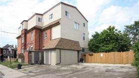 214-216 Wentworth St N, Hamilton, Ontario, L8L5V8