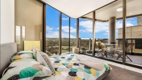 阿德莱德两室一卫一车位公寓近南澳大学City West 校区5月30日起入住