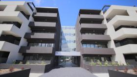 墨尔本两室两卫一车位公寓近莫纳什大学Clayton校区5月30日起入住