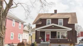 Manor St, Worcester, MA 01602