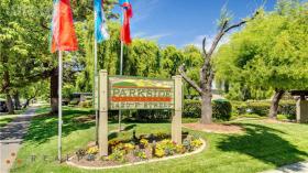戴维斯|Parkside Apartments