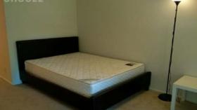 漂亮安静的主卧室