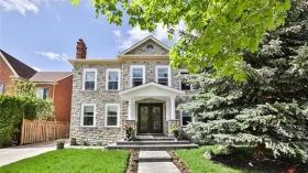 27 Baynards Lane, Richmond Hill, Ontario, L4C9B5