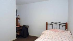 两室一卫一车位公寓近莫纳什大学Caulfield校区3月19日起入住