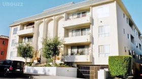 洛杉矶Amherst街四卧三浴中一居室带家具