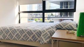 悉尼两室两卫公寓近UTS立即入住