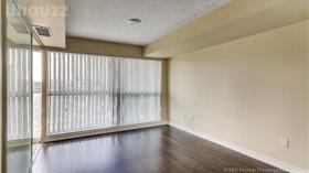 多伦多 市中心一室+Den套房