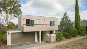 堪培拉四室两卫两车位公寓近澳大利亚国立大学4月4日起入住