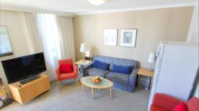 一室一卫公寓近昆士兰科技大学Gardens Point校区4月1日起入住