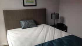 两室两卫两车位公寓近堪培拉大学2月2日起入住