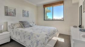 两室一卫一车位公寓近昆士兰大学Herston校区2月9日起入住