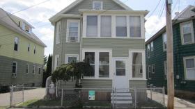 Barker St, Lowell, MA 01850